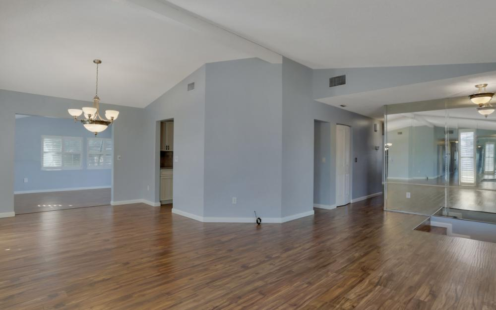 10 S. Seas Ct, Marco Island - Home For Sale 2087041859