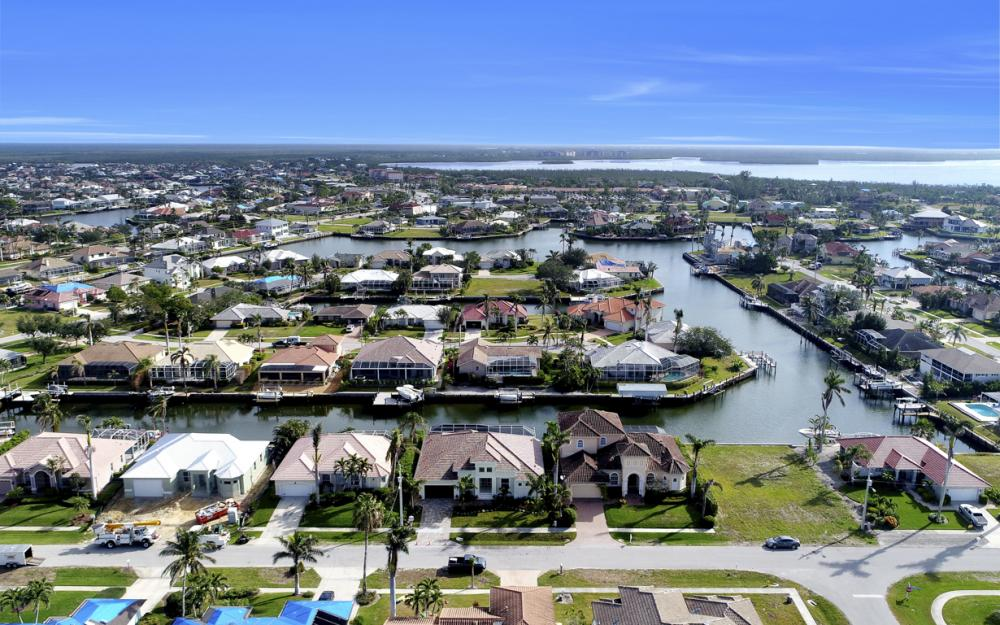 181 Columbus Way, Marco Island - Home For Sale 1085614536
