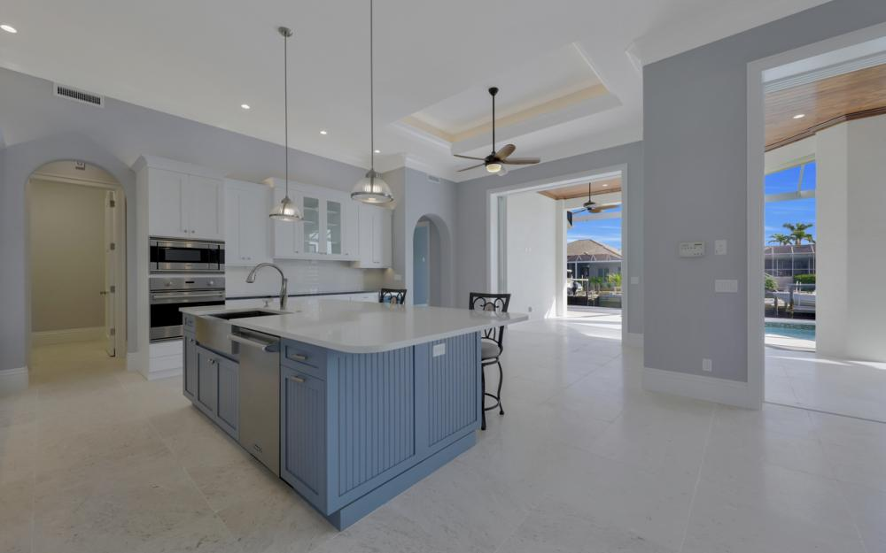 181 Columbus Way, Marco Island - Home For Sale 544529713