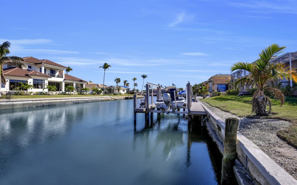 187 Dan River Ct, Marco Island - Home For Sale 382193578