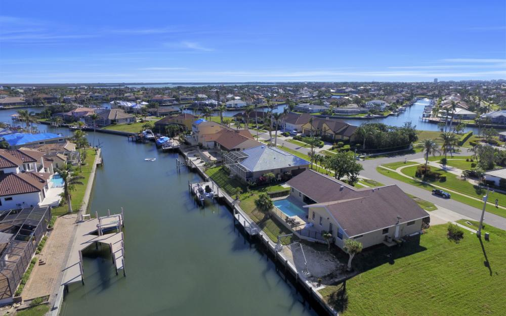 187 Dan River Ct, Marco Island - Home For Sale 1807135115