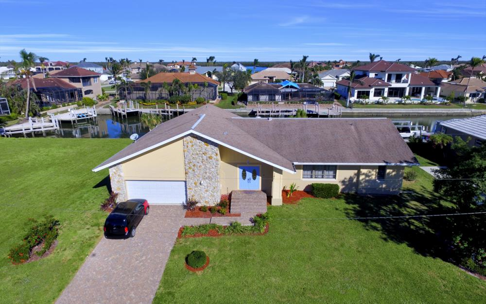 187 Dan River Ct, Marco Island - Home For Sale 816881857