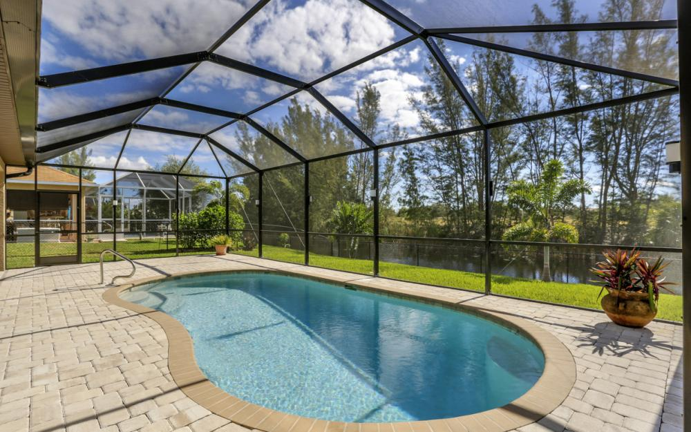 844 SW 23rd St, Cape Coral - Home For Sale 991835136