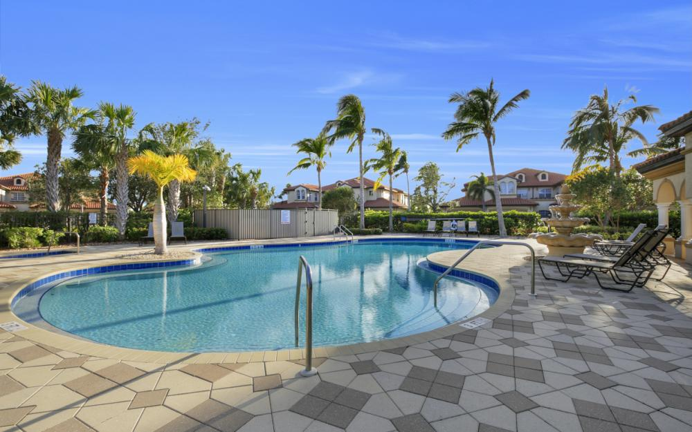 11251 Bienvenida Ct #102, Fort Myers - Condo For Sale 280783664