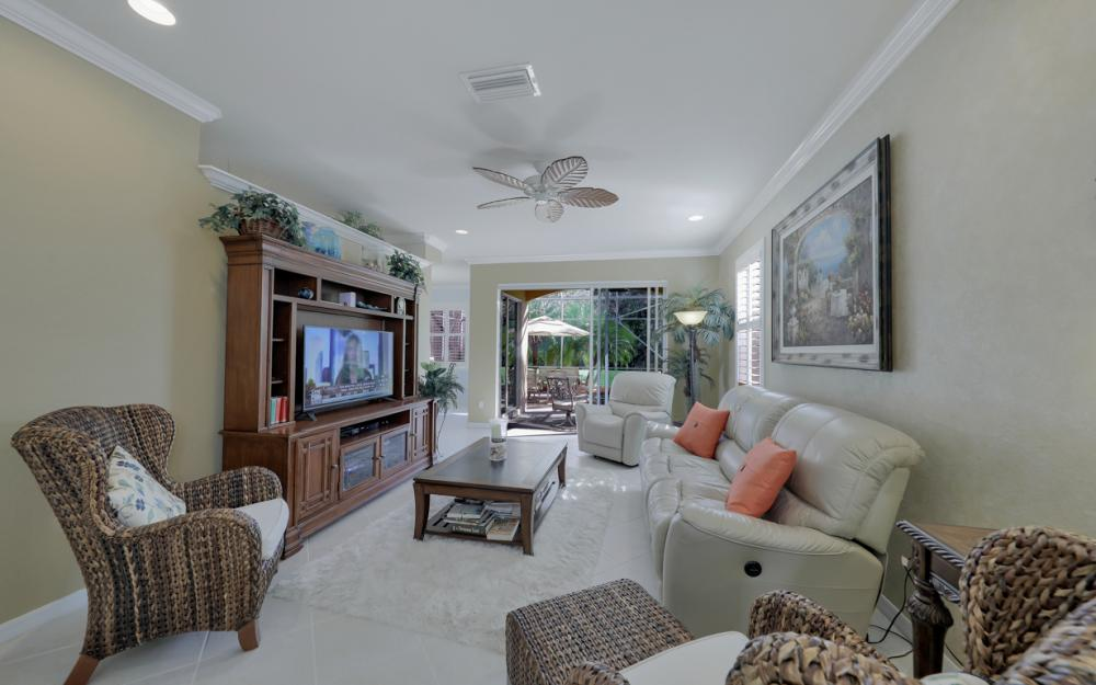 20621 Larino Loop, Estero - Home For Sale 692894915