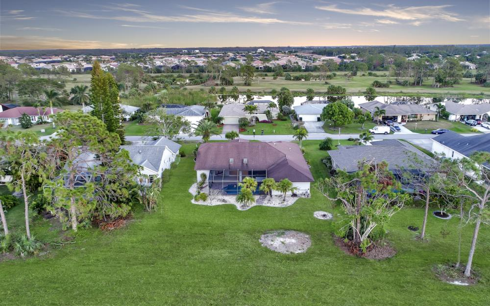 24896 Carnoustie Ct, Bonita Springs - Home For Sale 674281275