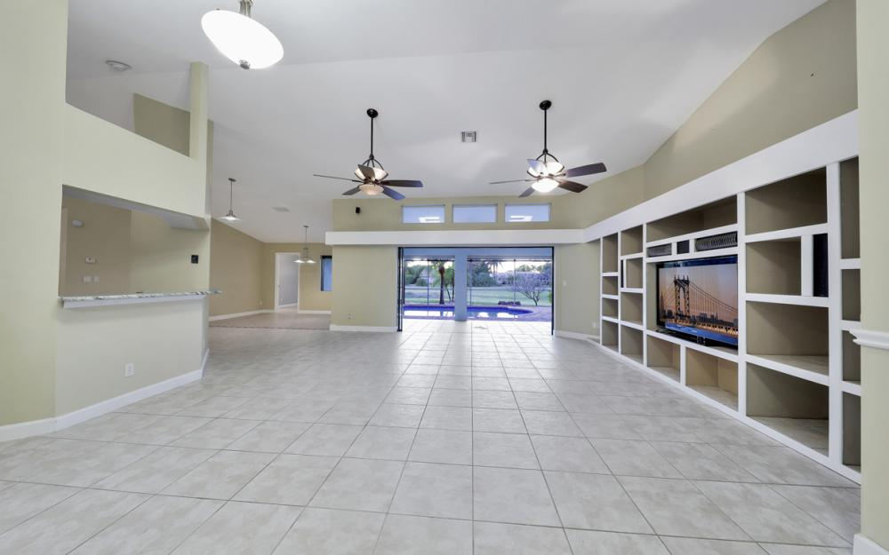 24896 Carnoustie Ct, Bonita Springs - Home For Sale 646148346