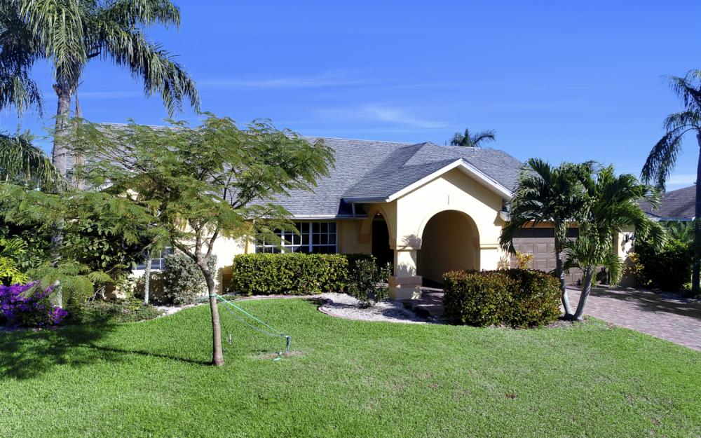 2209 SW 49th Terrace, Cape Coral - Home For Sale 894931305