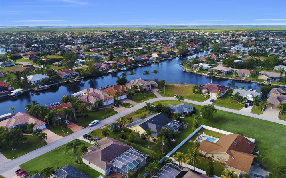 2209 SW 49th Terrace, Cape Coral - Home For Sale 609033804