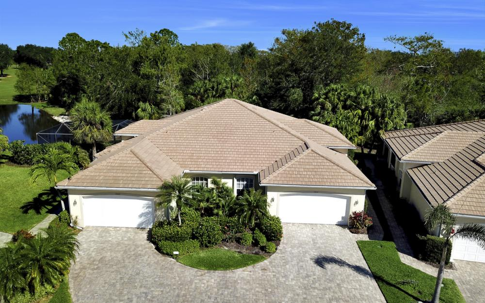 12683 Fox Ridge Dr. Bonita Springs - Home For Sale 812966902