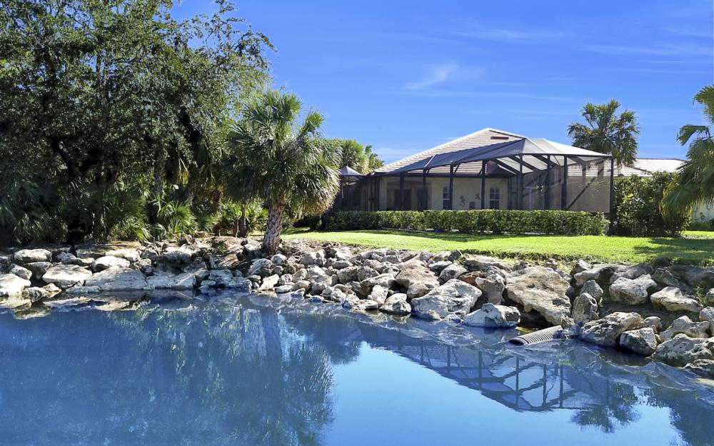 12683 Fox Ridge Dr. Bonita Springs - Home For Sale 2015557316