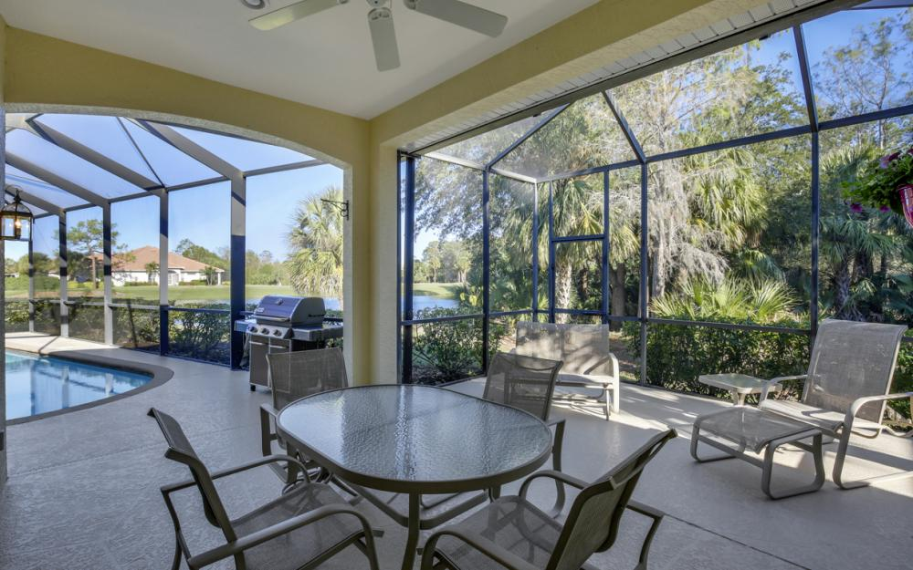 12683 Fox Ridge Dr. Bonita Springs - Home For Sale 538025462