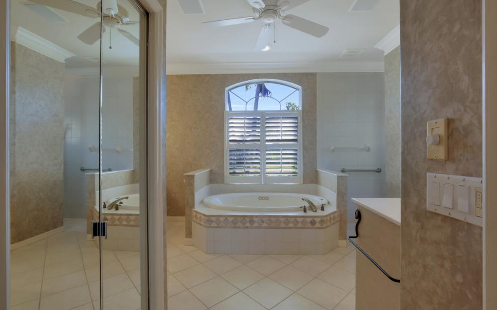 405 Flamingo Ave, Naples - Home For Sale 416537531