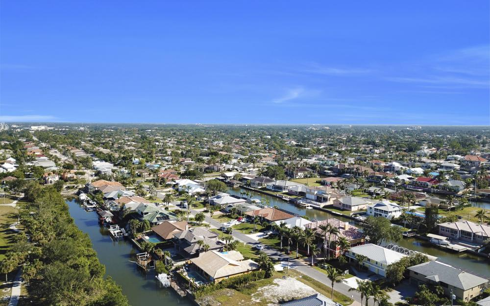405 Flamingo Ave, Naples - Home For Sale 1210053673