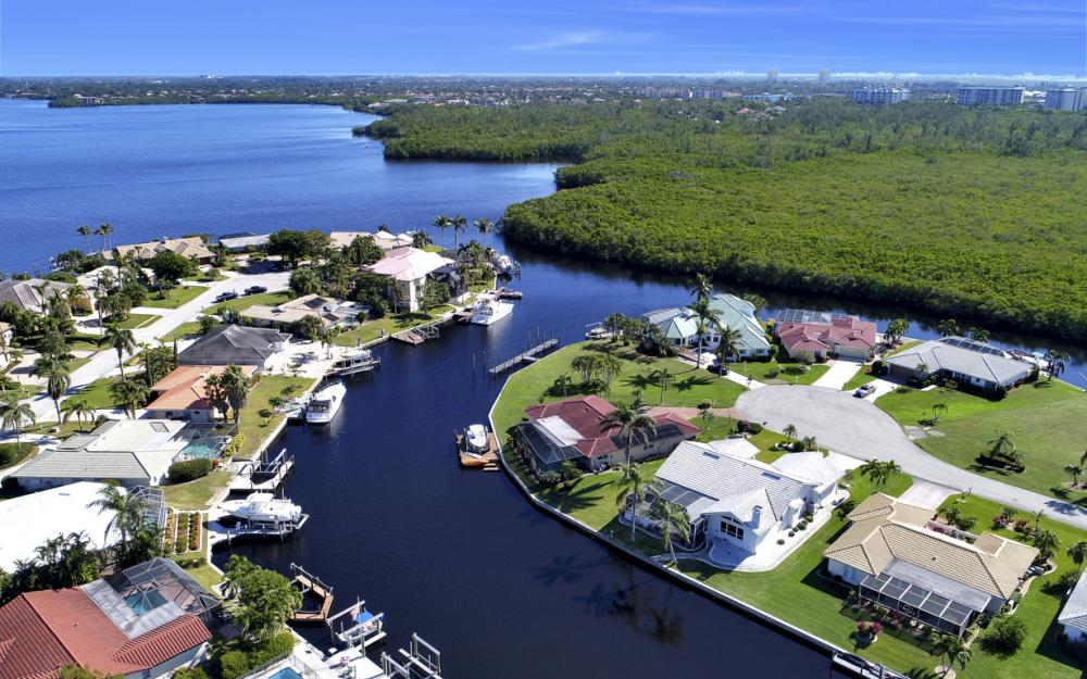 14700 Eden St. Fort Myers - Home For Sale 2125652525