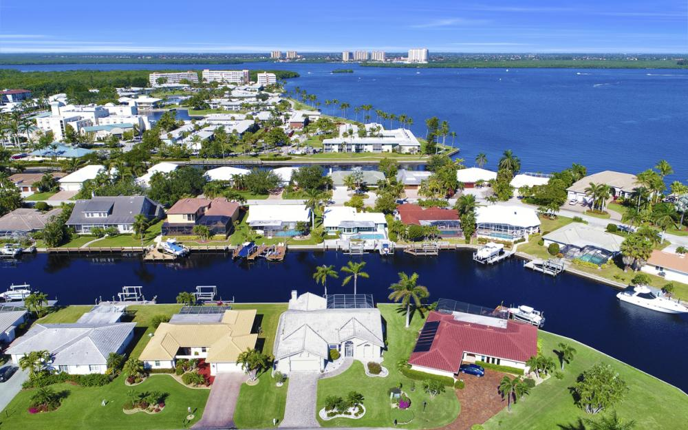 14700 Eden St. Fort Myers - Home For Sale 1808837087
