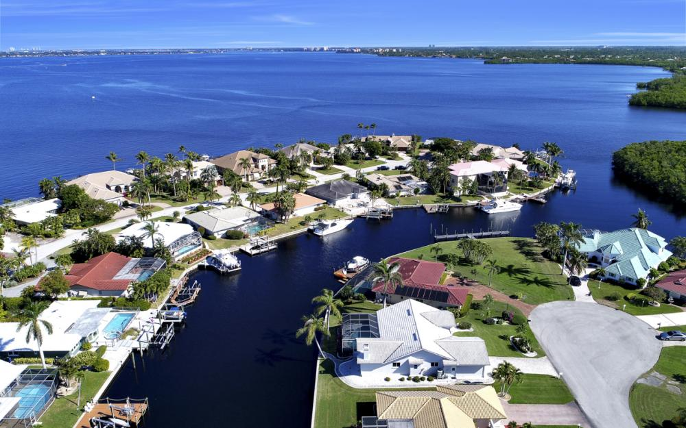 14700 Eden St. Fort Myers - Home For Sale 61784118