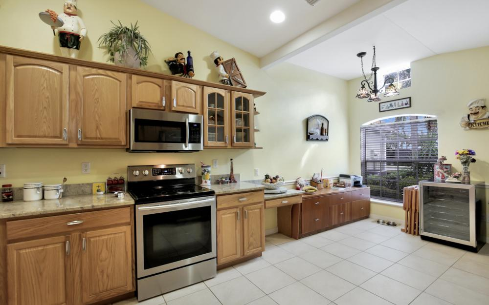15021 Toscana Way, Naples - Home For Sale 2133643386
