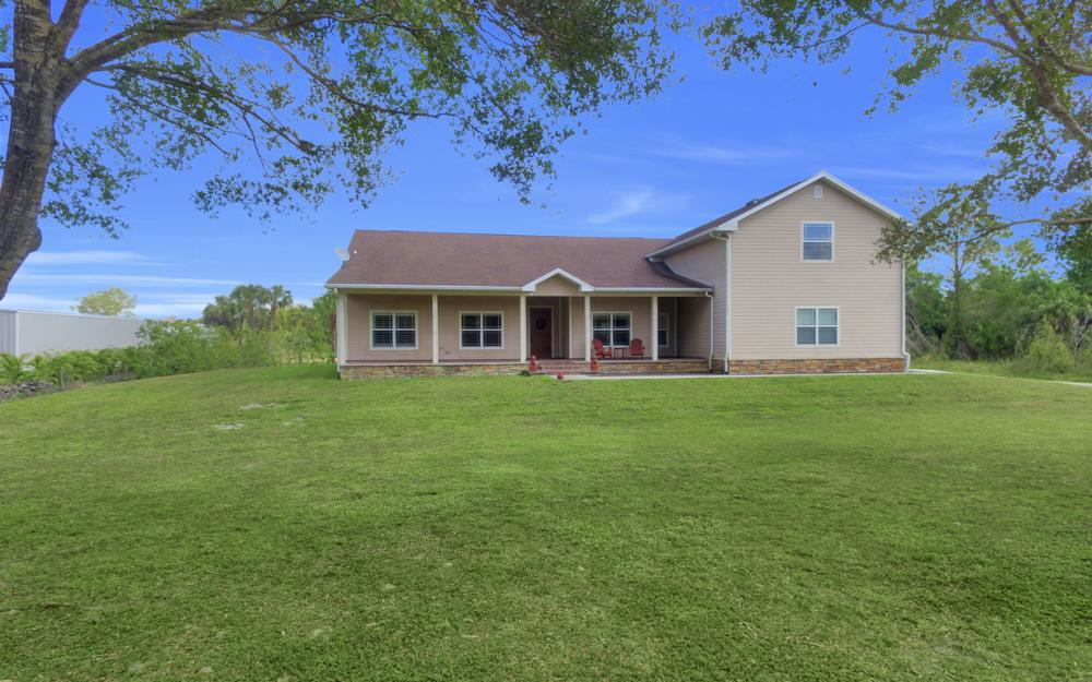 3671 Bateman Rd, Alva - Home For Sale 1736594038