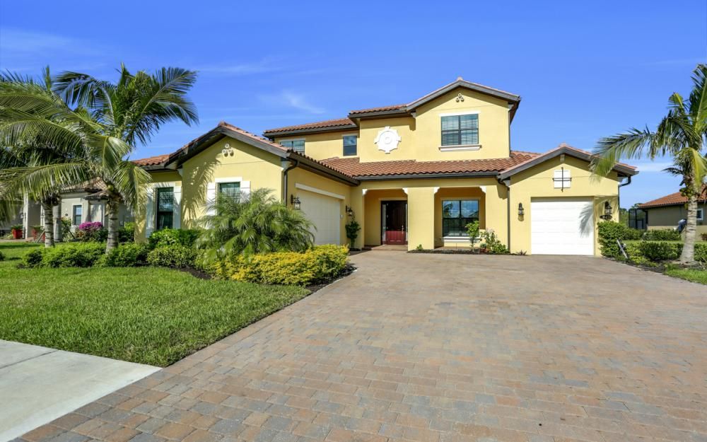 1643 Songbird Ct, Naples - Home For Sale 521353424