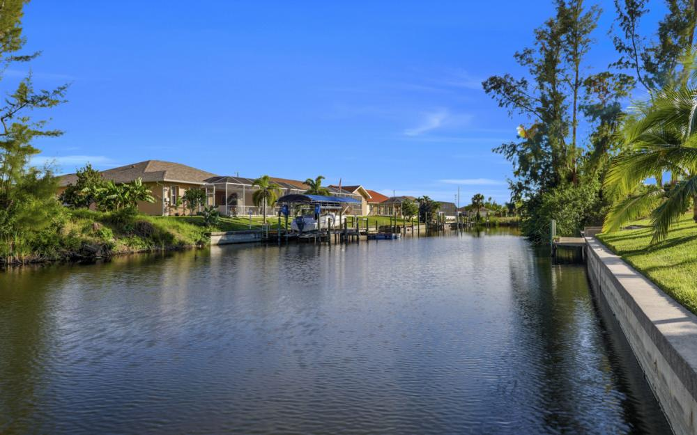 4119 SW 17th Pl, Cape Coral - Home For Sale 1834946317