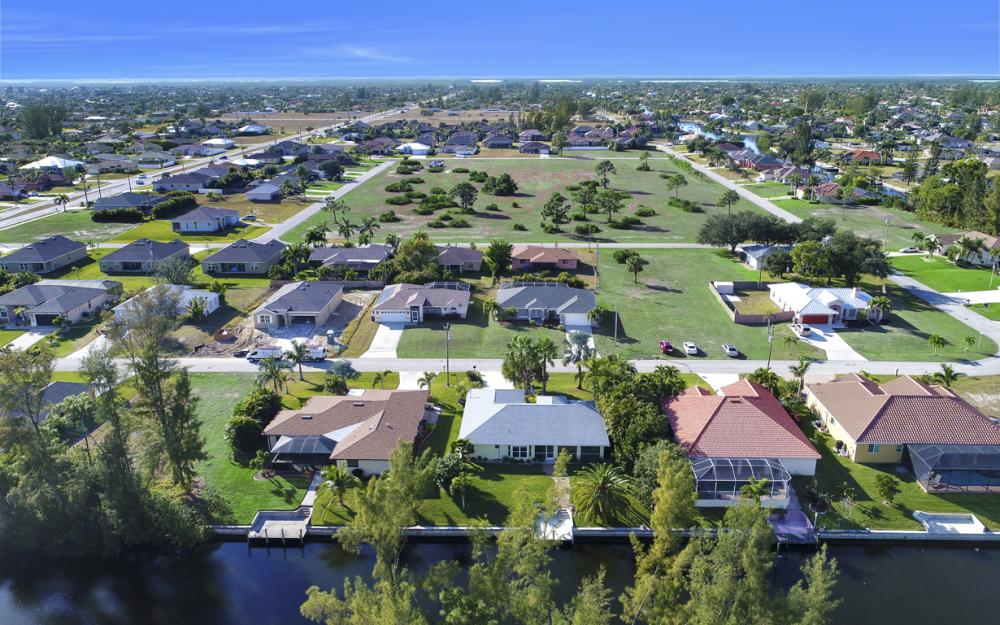4119 SW 17th Pl, Cape Coral - Home For Sale 704101968