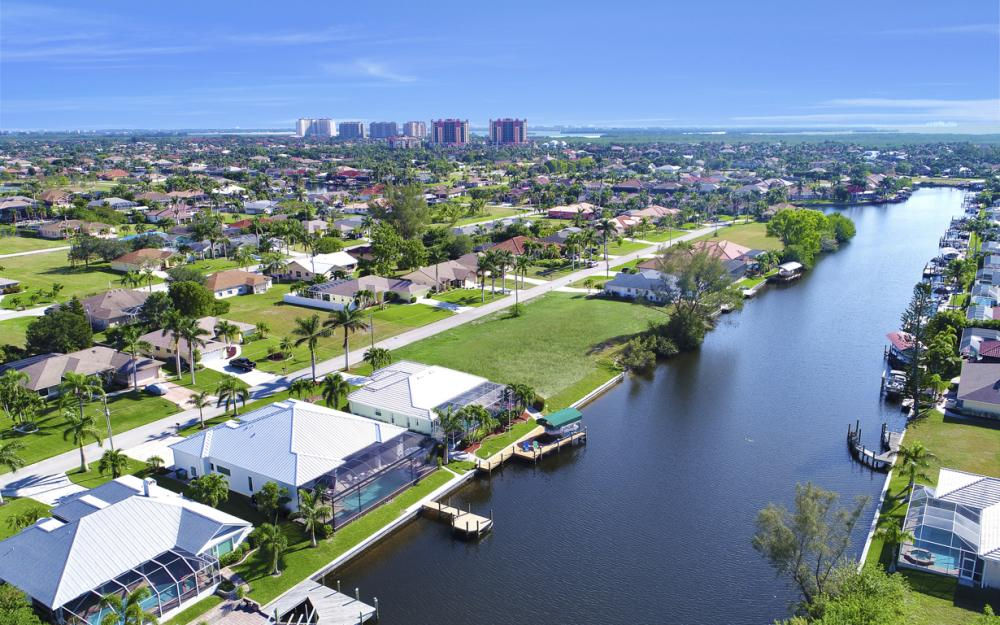 5216 SW 20th Ave, Cape Coral - Luxury Home For Sale 65305587