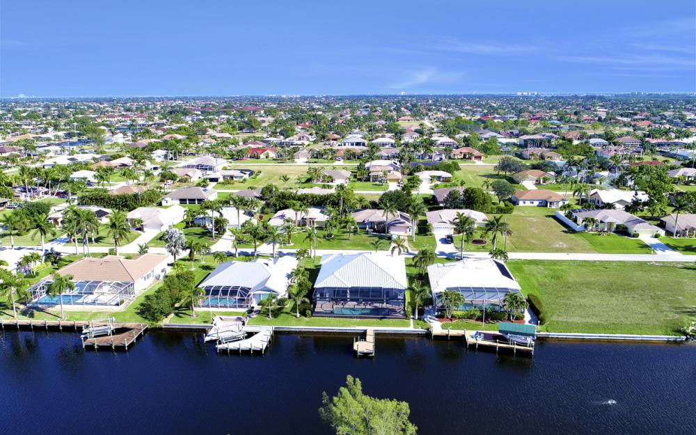 5216 SW 20th Ave, Cape Coral - Luxury Home For Sale 1289020043