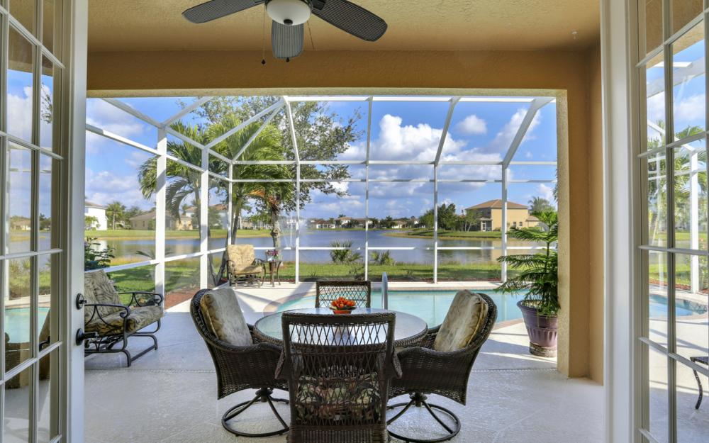 2677 Sunset Lake Dr, Cape Coral - Home For Sale 322038213