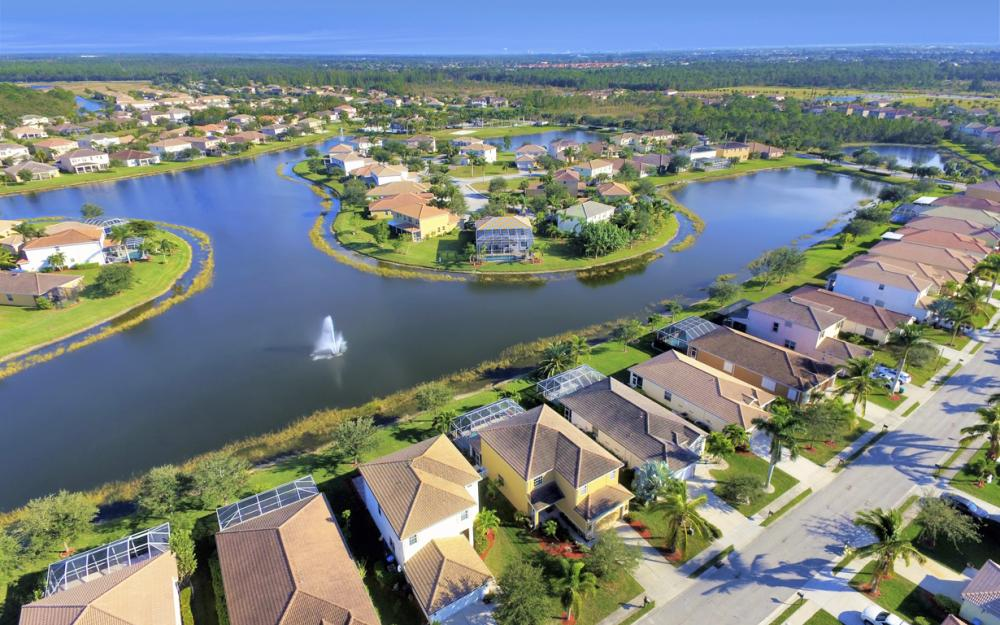 2677 Sunset Lake Dr, Cape Coral - Home For Sale 339497372