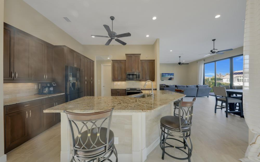 245 Seminole Ct, Marco Island - Home For Sale 595304701