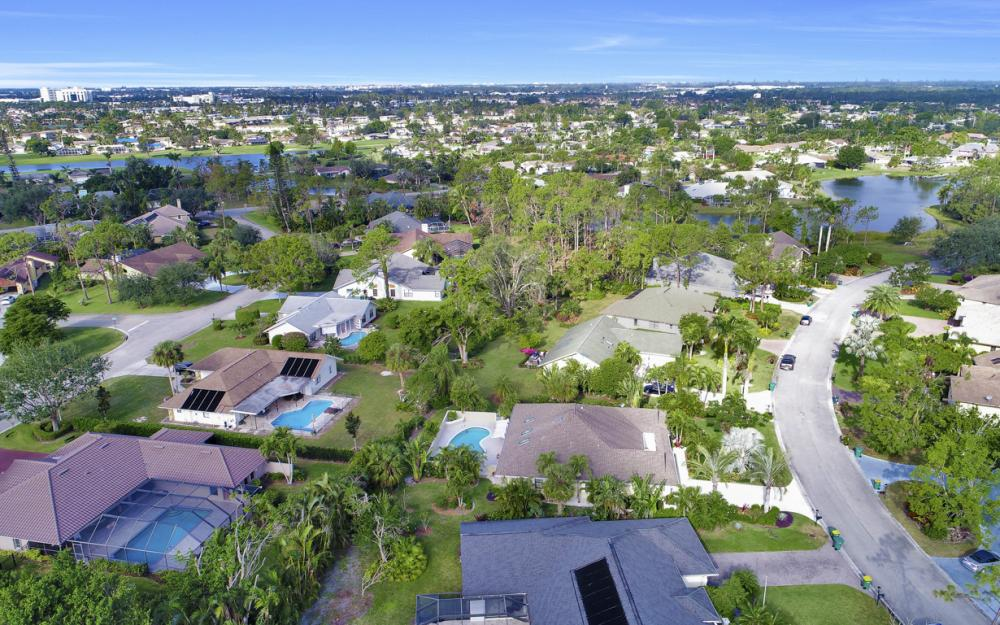 2256 Royal Ln, Naples - Home For Sale 133949491