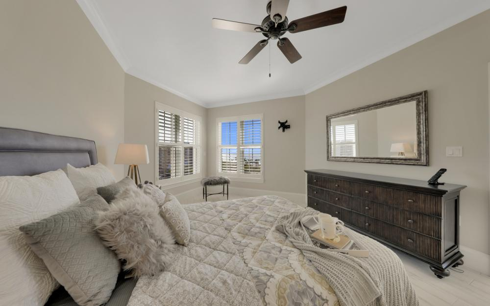 1021 S Collier Blvd PH4, Marco Island - Penthouse For Sale 300466028