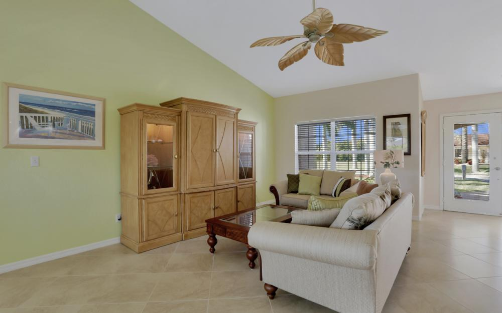 5337 SW 21st Pl, Cape Coral - Home For Sale 1990409678