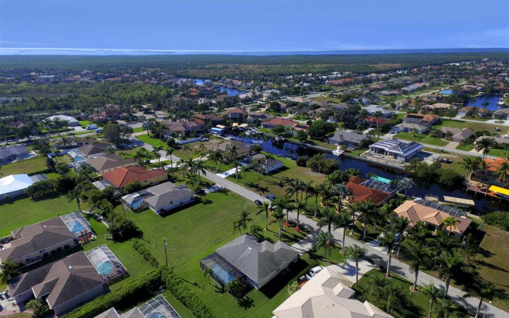5337 SW 21st Pl, Cape Coral - Home For Sale 2144388383