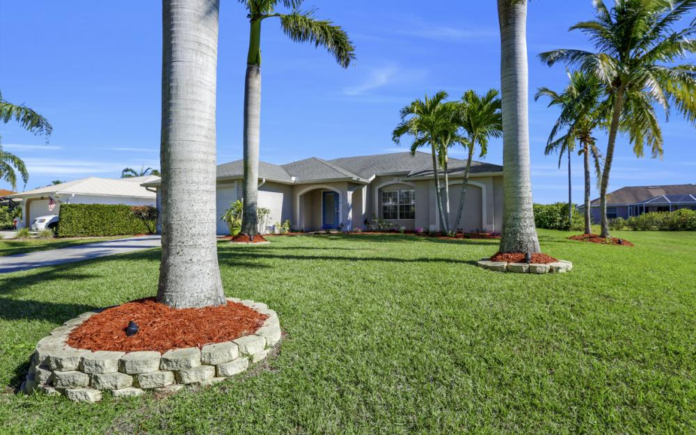 5337 SW 21st Pl, Cape Coral - Home For Sale 690691379