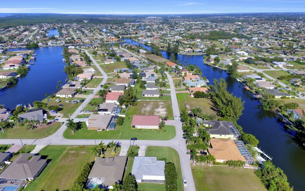 2628 SW 31st Ln, Cape Coral - Home For Sale 275509573