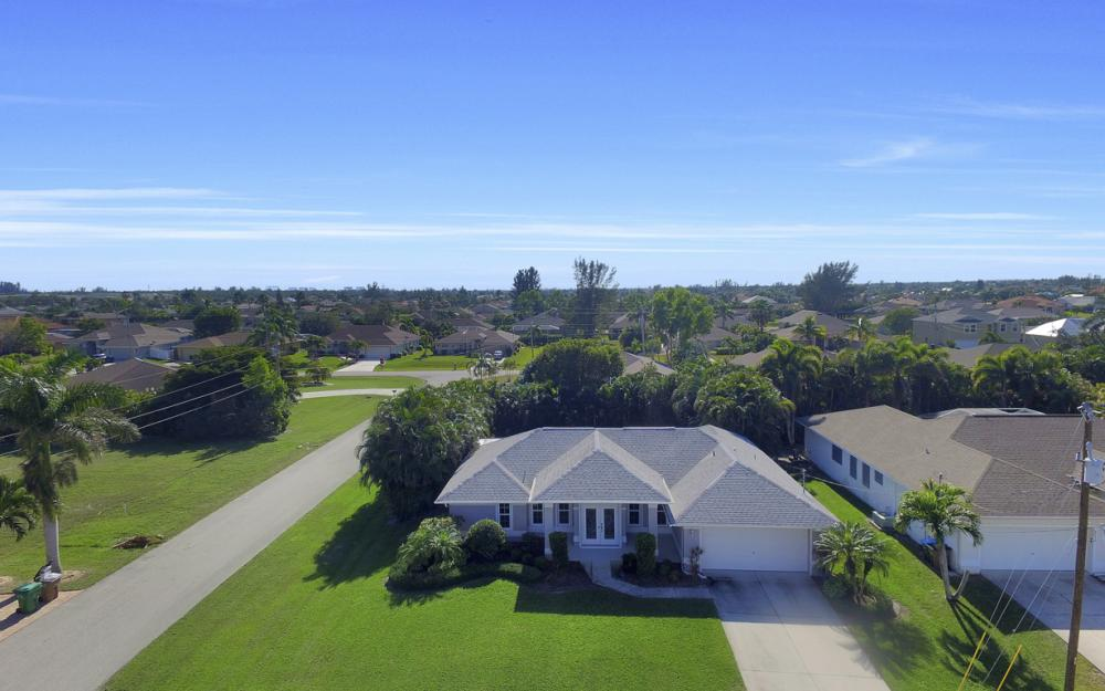 2628 SW 31st Ln, Cape Coral - Home For Sale 371083387