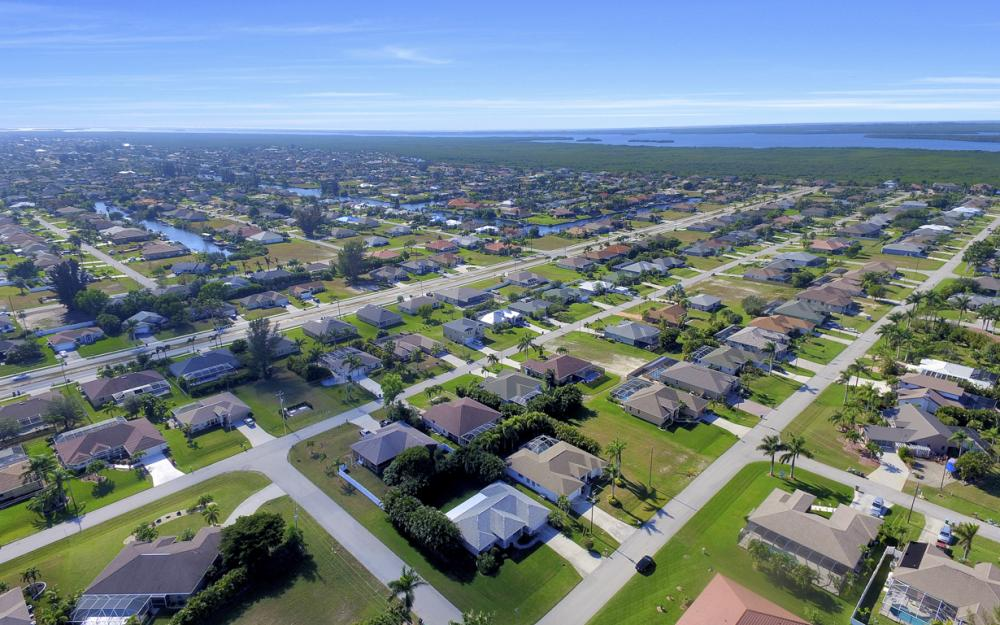 2628 SW 31st Ln, Cape Coral - Home For Sale 2100069595
