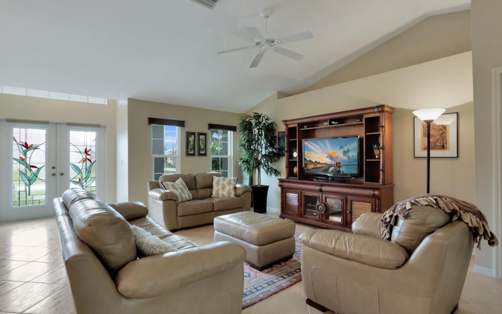 2628 SW 31st Ln, Cape Coral - Home For Sale 2067154524
