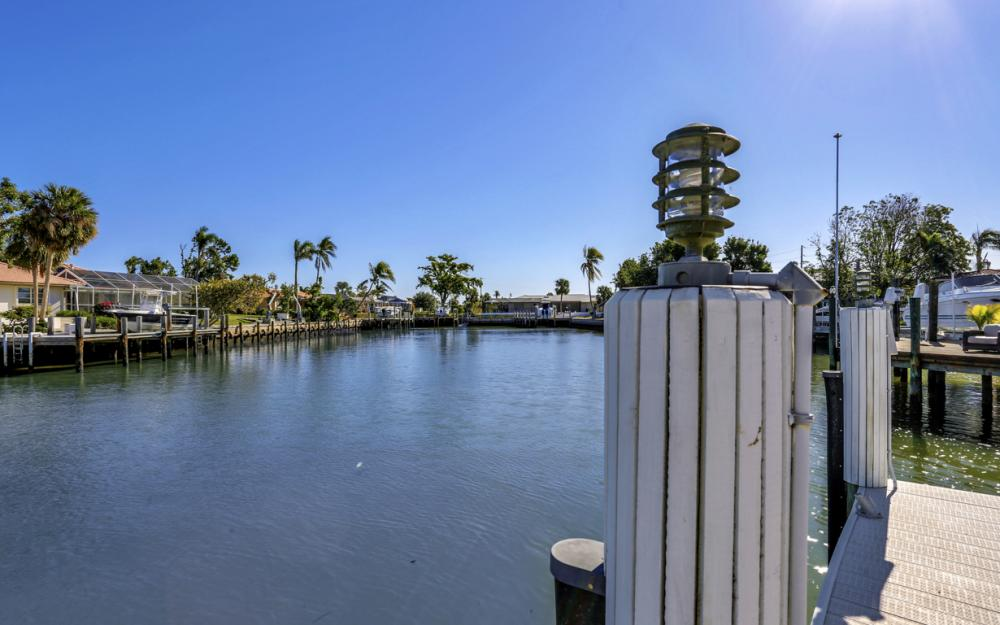 1217 Orange Ct, Marco Island - Home For Sale 55799632
