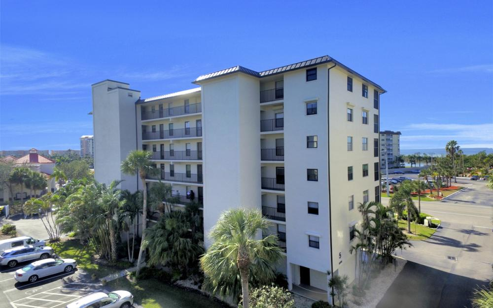 6895 Estero Blvd #526, Fort Myers Beach - Condo For Sale 248378121