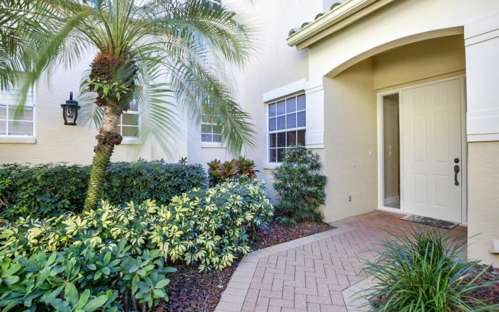 677 Vintage Reserve Cir #12B, Naples  - Condo For Sale 2118130292