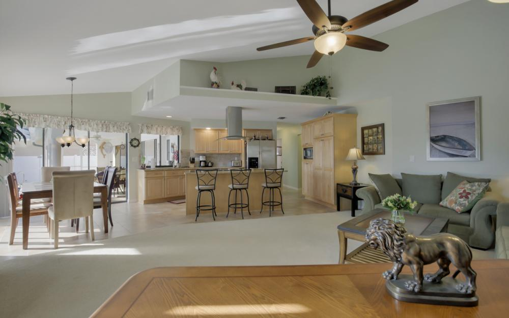 2124 SW 49th Ter, Cape Coral - Home For Sale 1051924491