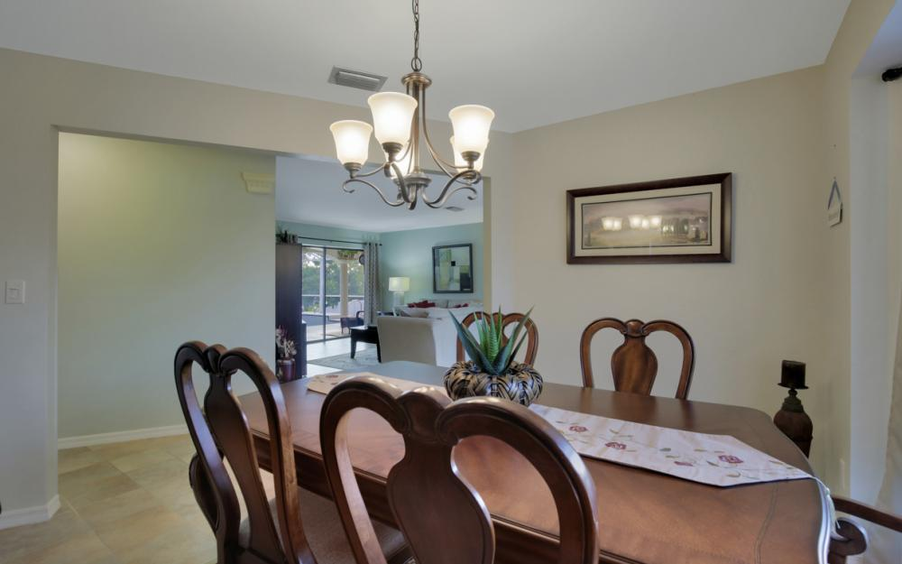 2124 SW 49th Ter, Cape Coral - Home For Sale 1696601408