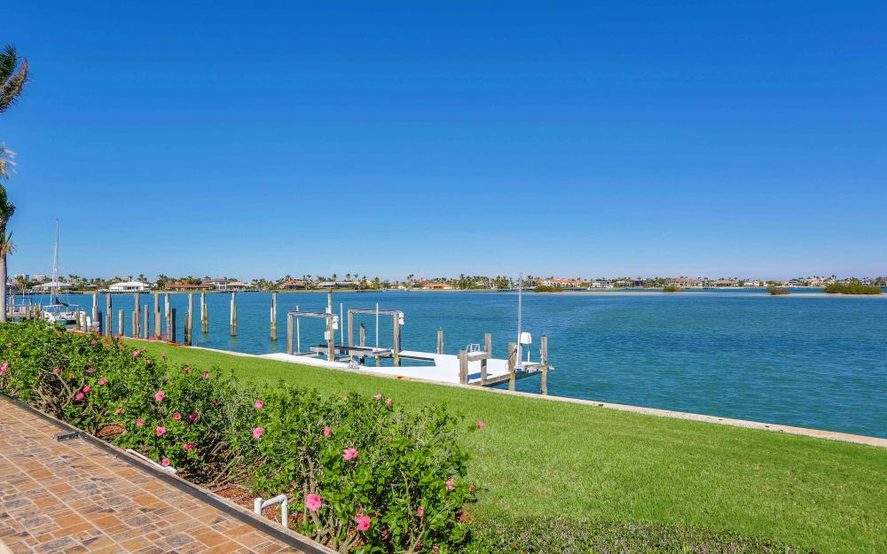 1630 Copeland Dr, Marco Island - Home For Sale 757649663