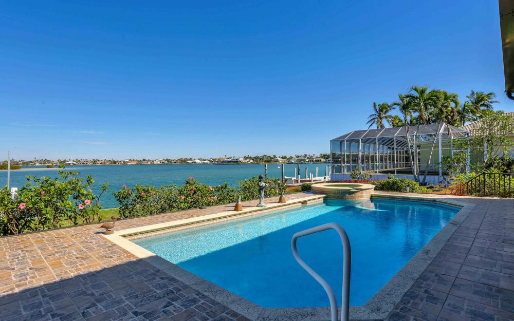 1630 Copeland Dr, Marco Island - Home For Sale 512747341