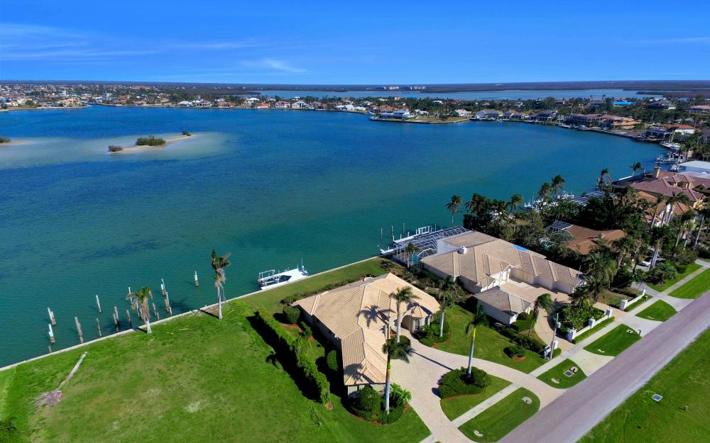 1630 Copeland Dr, Marco Island - Home For Sale 715800441