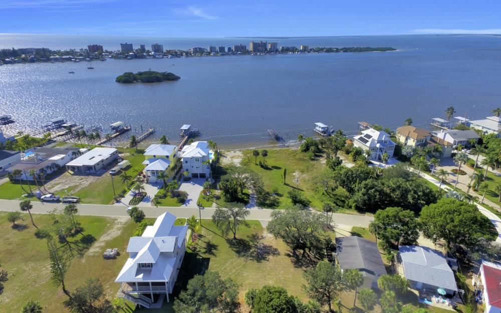 836 San Carlos Dr, Fort Myers Beach - Lot For Sale 1090975580