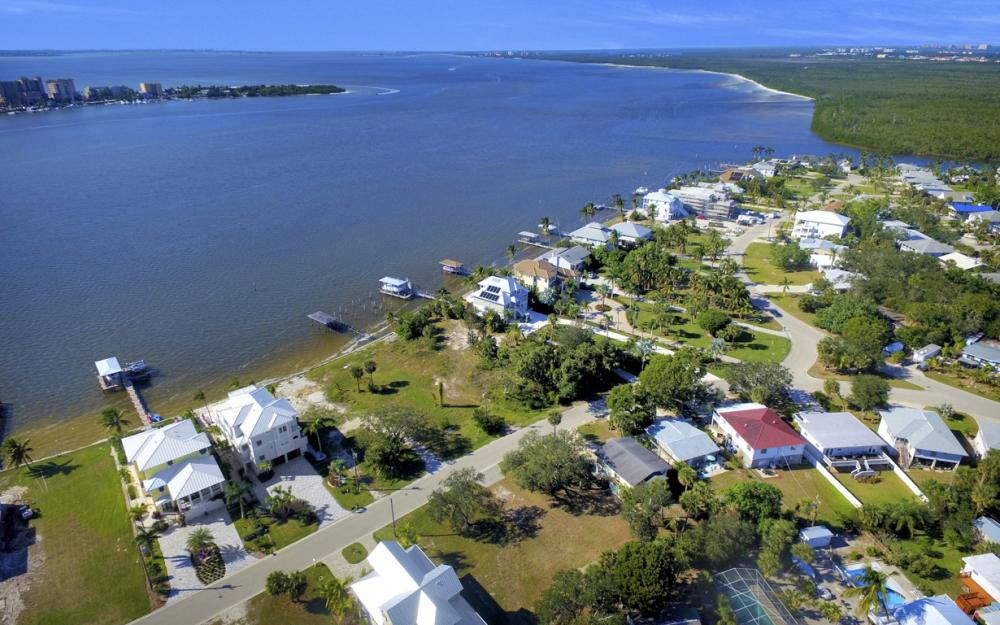 836 San Carlos Dr, Fort Myers Beach - Lot For Sale 225506047